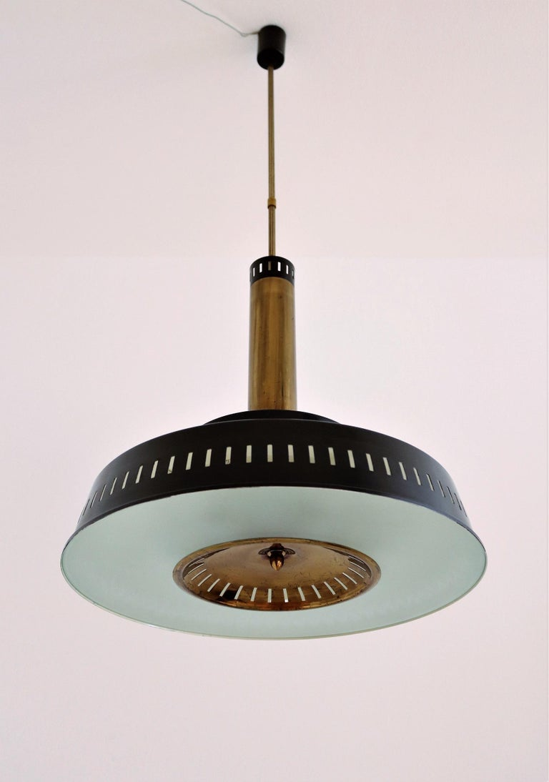 Italian Midcentury Chandelier Mod, #1157 in Brass and Glass by Stilnovo, 1950s For Sale 4