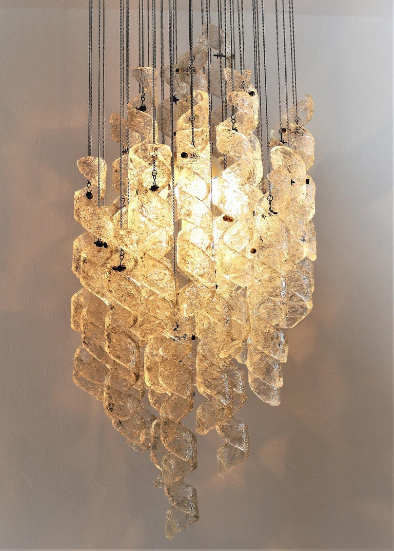 Mid-Century Modern Italian Midcentury Chandelier with Curly Glasses by Zero Quattro, 1970s For Sale