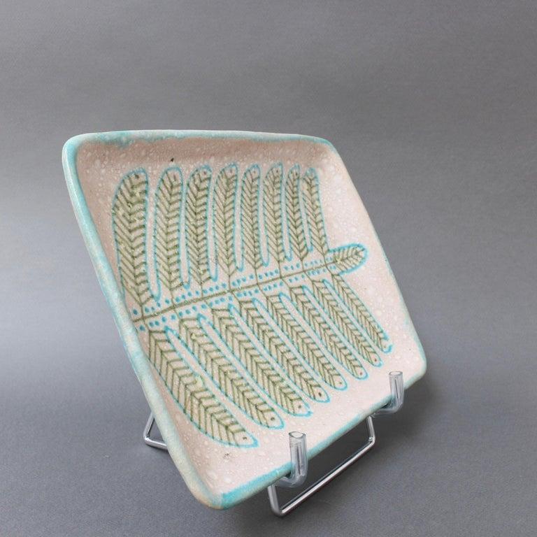Italian Midcentury Decorative Ceramic Tray by Guido Gambone 'circa 1950s' For Sale 4
