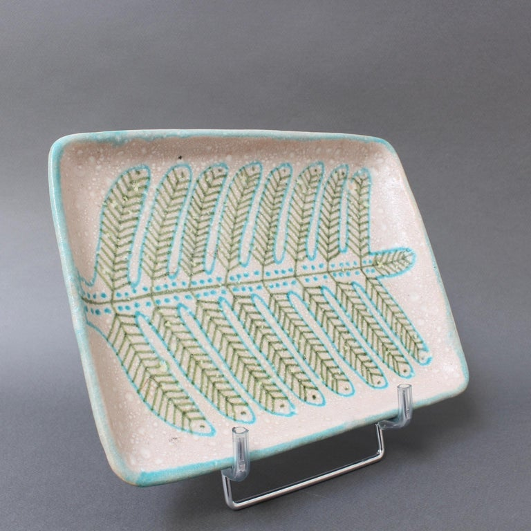 Italian Midcentury Decorative Ceramic Tray by Guido Gambone 'circa 1950s' For Sale 5