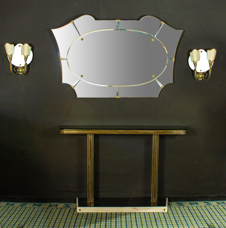 Italian Midcentury Design Console Table with Mirror and Sconces, 1950 For Sale 1