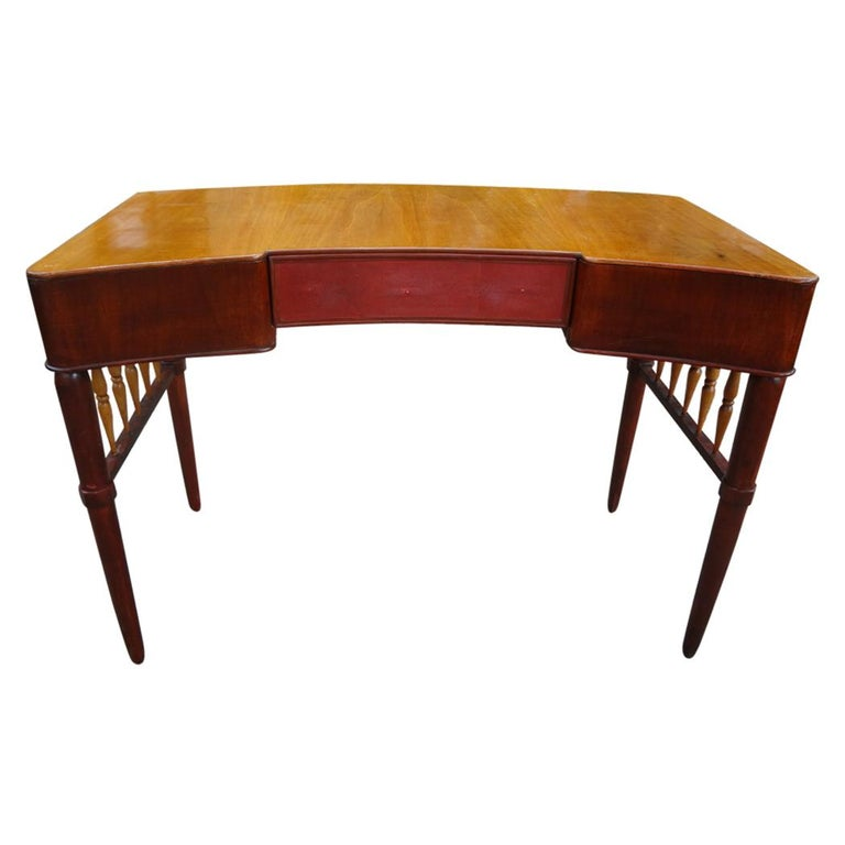 Italian Midcentury Desk Attributed to Paolo Buffa For Sale