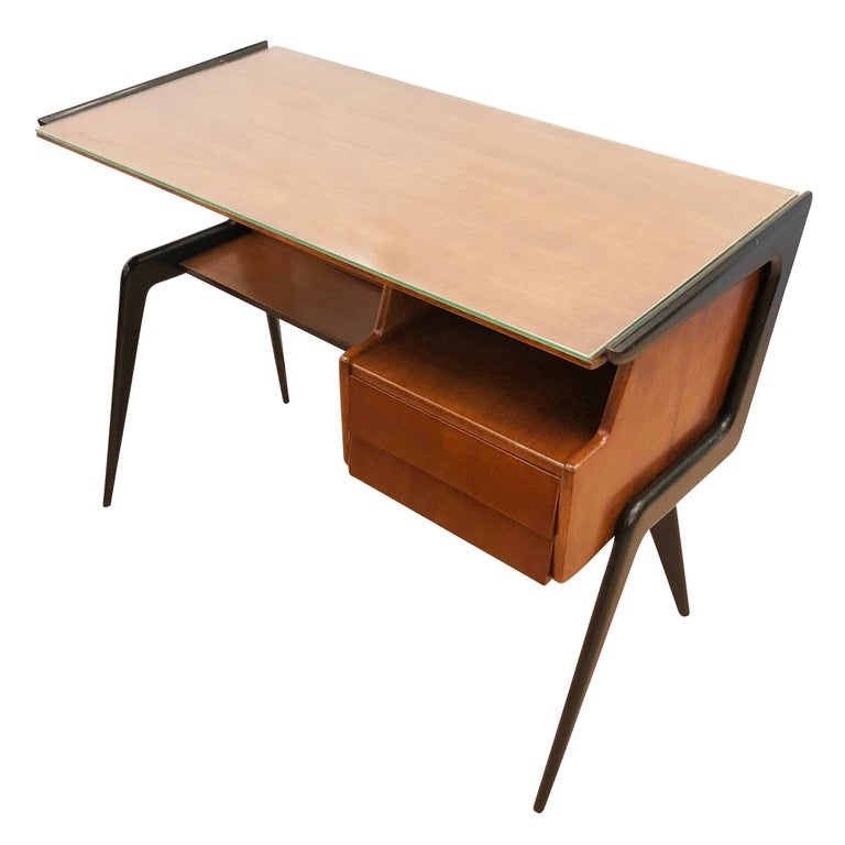 Italian Midcentury Desk in the Manner of Silvio Cavatorta For Sale