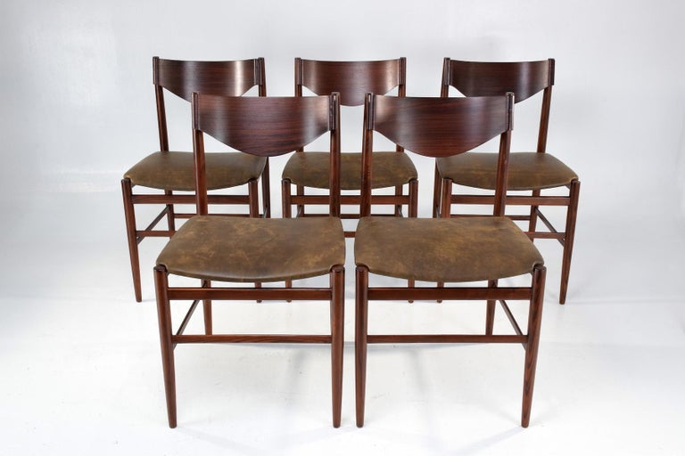 Italian Mid-Century Dining Chairs by Gianfranco Frattini, Set of 5, 1960s  In Good Condition For Sale In Paris, FR