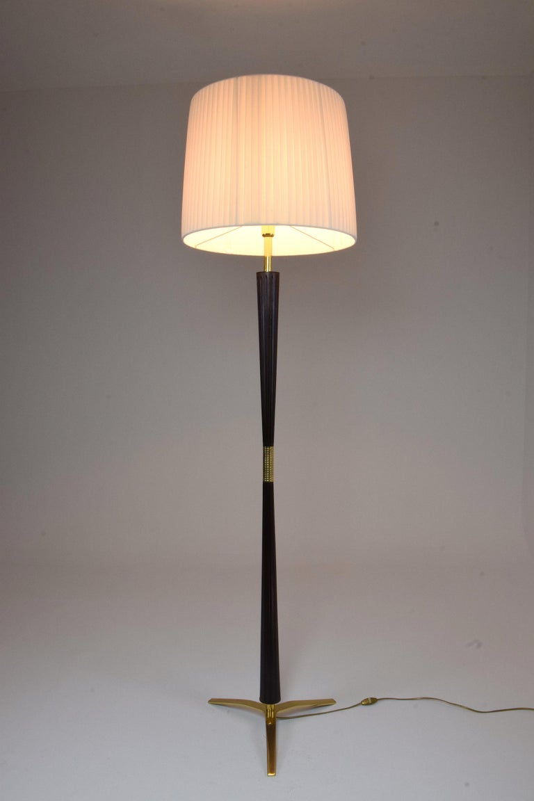 Italian Midcentury Floor Lamp by Stilnovo, 1960s In Good Condition For Sale In Paris, FR