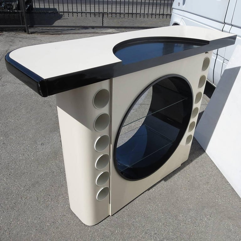 Italian Midcentury Free Standing Bar with Porthole Display For Sale 2