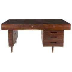 Italian Midcentury Grissinata Desk Attributed to Gio Ponti in Walnut, 1950s