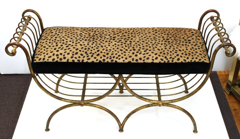Italian Mid-Century Modern Bench in Gilt Iron with Faux Leopard Leather Seat For Sale 1