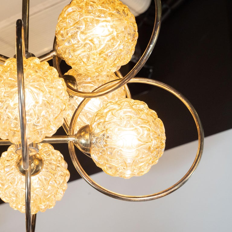 Italian Mid-Century Modern Brass and Champagne-Colored Textural Glass Chandelier For Sale 1