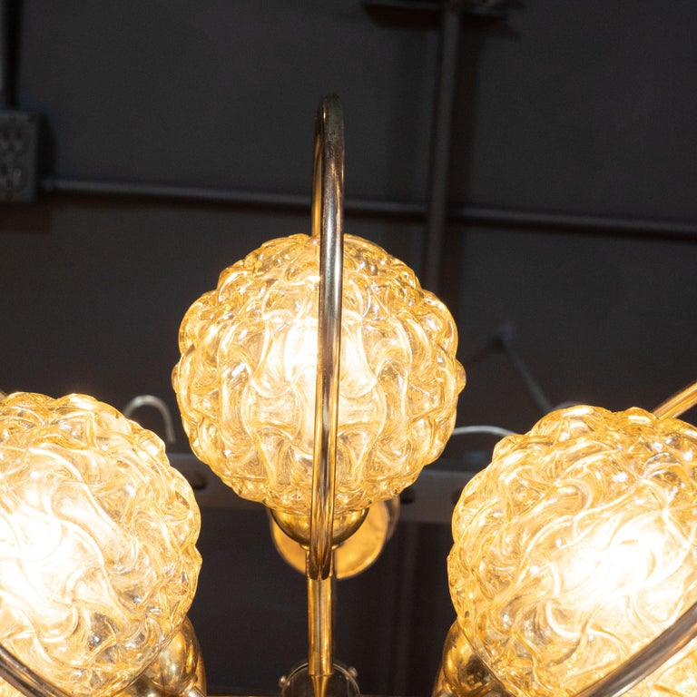 Italian Mid-Century Modern Brass and Champagne-Colored Textural Glass Chandelier For Sale 3