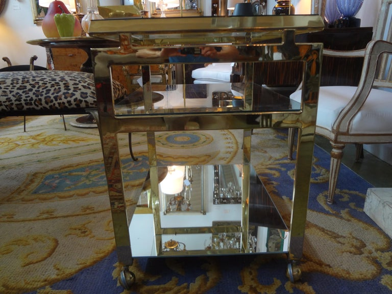Italian Mid-Century Modern Brass Bar Cart In Good Condition For Sale In Houston, TX