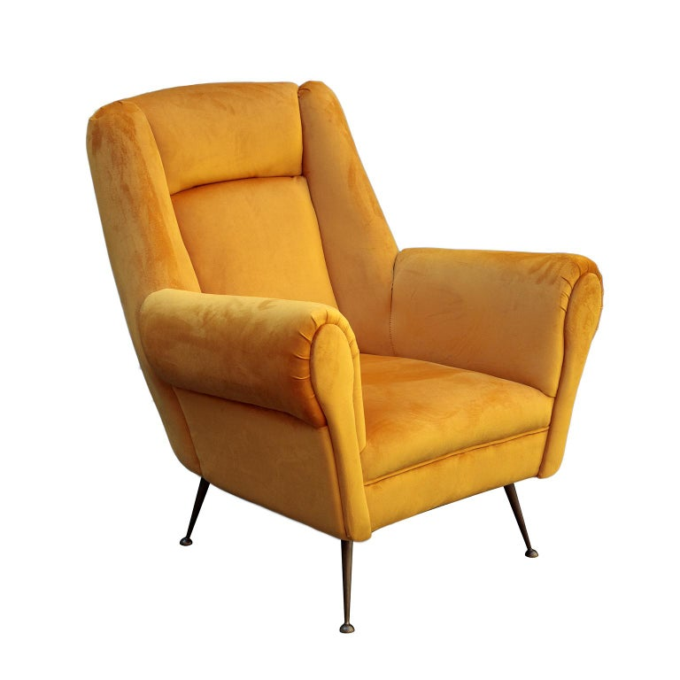Italian Mid-Century Modern Curved Sofa and 2 Armchairs by ISA Bergamo For Sale 2