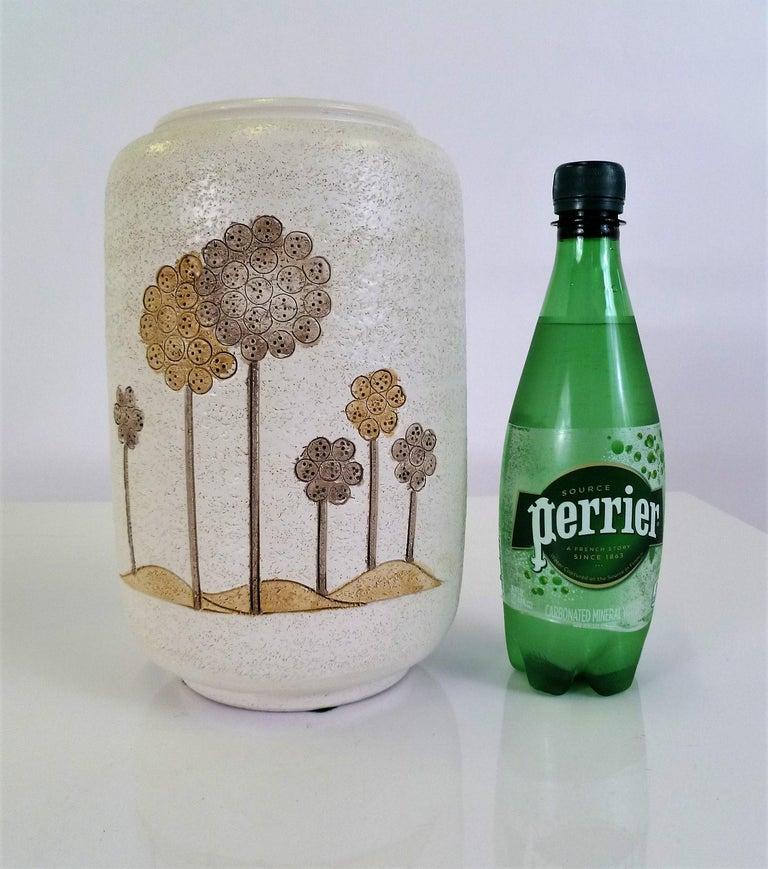 Italian Mid-Century Modern Hand Thrown Ceramic Vase Ardalt Bitossi, 1960s For Sale 4