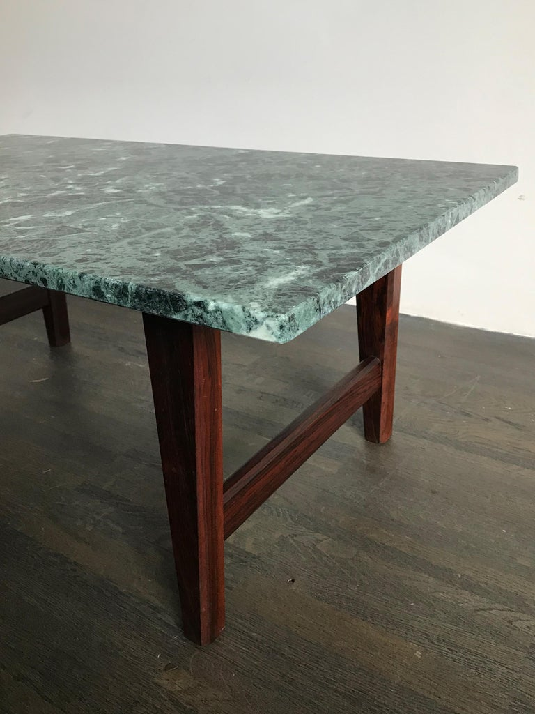 Italian Mid-Century Modern Marble Coffee Table, 1960s For Sale 1