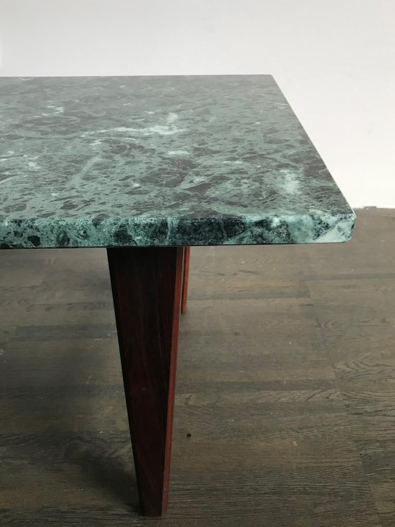 Italian Mid-Century Modern Marble Coffee Table, 1960s For Sale 2