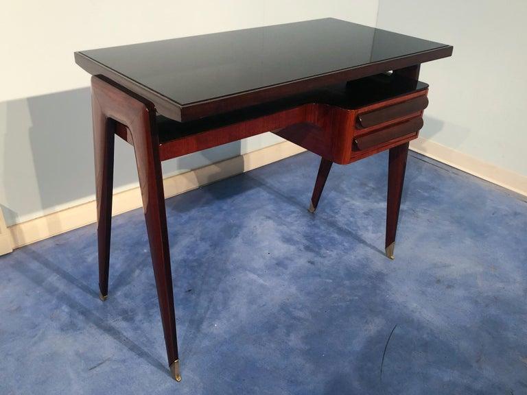 Italian Mid-Century Modern Petite Desk in Teak Designed by Vittorio Dassi, 1950s In Good Condition For Sale In Traversetolo, IT