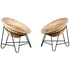 Italian Mid-Century Modern light brown coconut-shaped Rattan Basket Chair, 1950