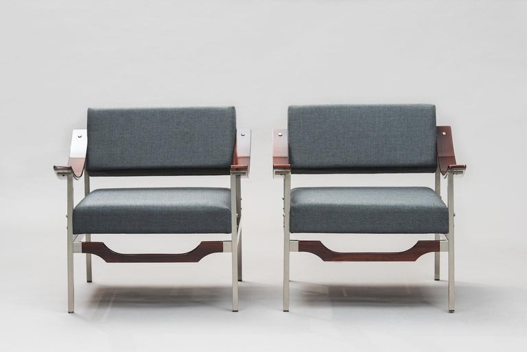 Italian Mid-Century Modern Rosewood Armchairs One Pair In Excellent Condition For Sale In Porto, PT