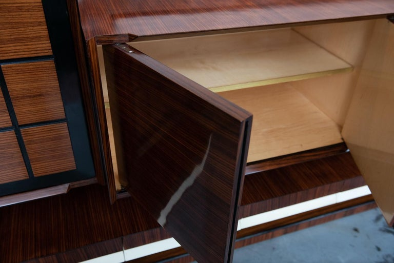 Italian Mid-Century Modern Rosewood Large Bookcase with Storage For Sale 4