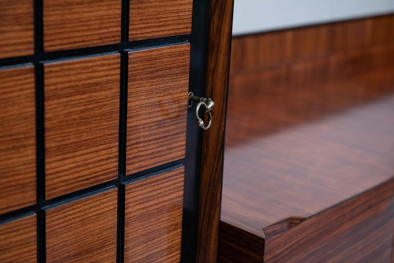 Italian Mid-Century Modern Rosewood Large Bookcase with Storage For Sale 6
