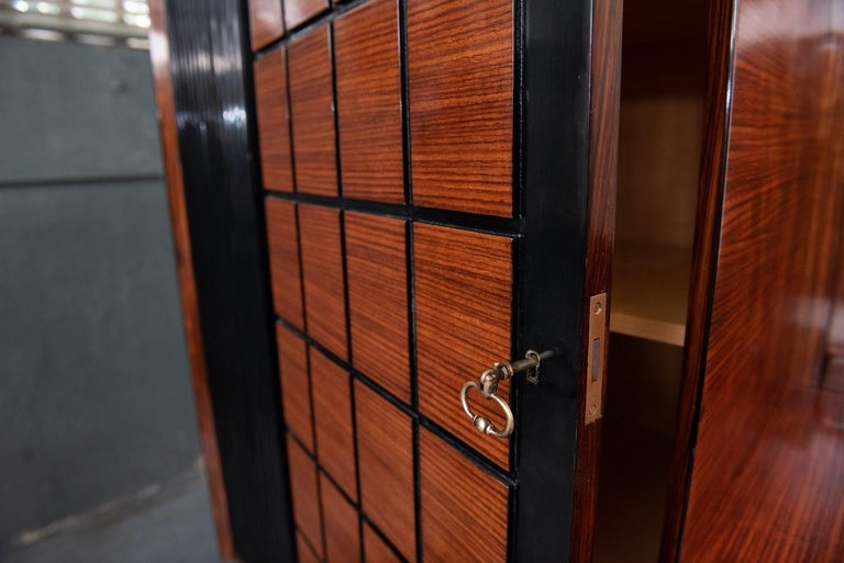 Italian Mid-Century Modern Rosewood Large Bookcase with Storage For Sale 9