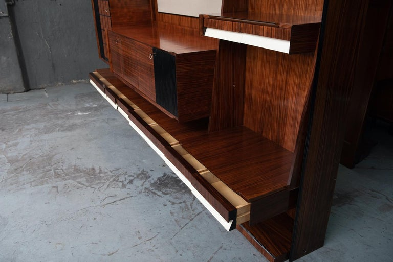 Italian Mid-Century Modern Rosewood Large Bookcase with Storage For Sale 12