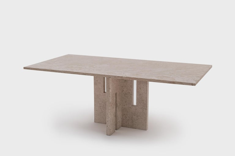 Italian Mid-Century Modern Travertine Dining Table in the Style of Carlo Scarpa For Sale 3