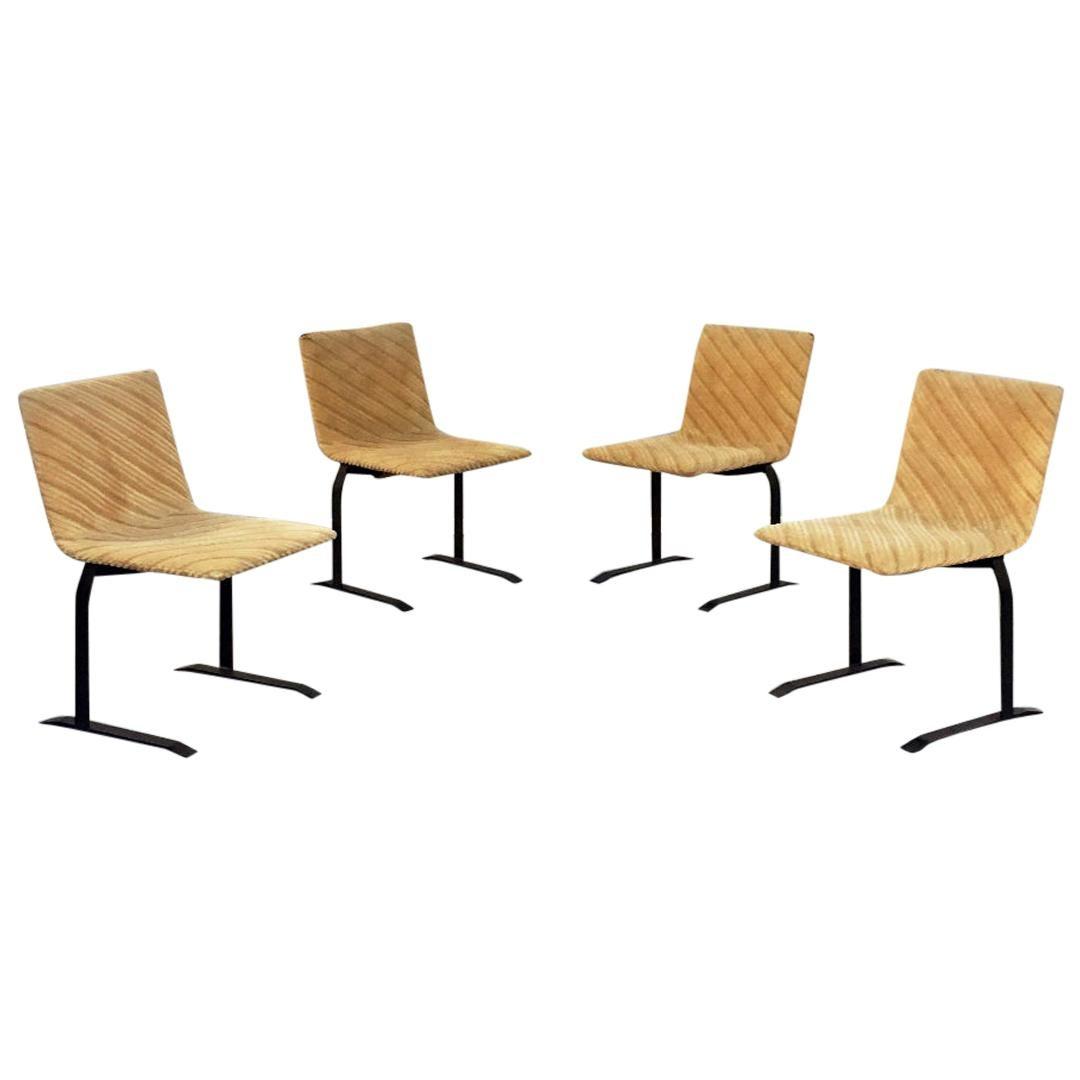 Italian Mid-Century Modern Velvet Chairs by Giovanni Offredi for Saporiti, 1970s