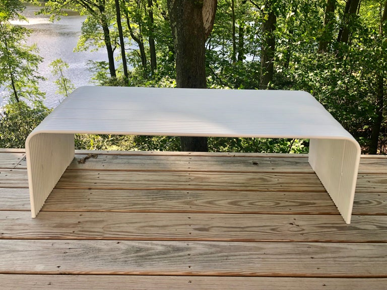 Italian Mid-Century Modern White Enameled Aluminum Bench Attributed to Superstudio For Sale
