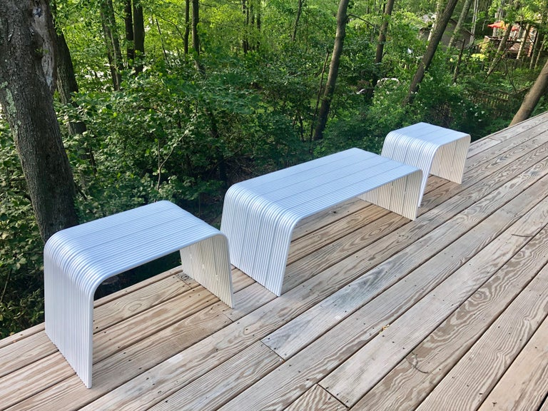 Mid-Century Modern White Enameled Aluminum Bench Attributed to Superstudio For Sale 2