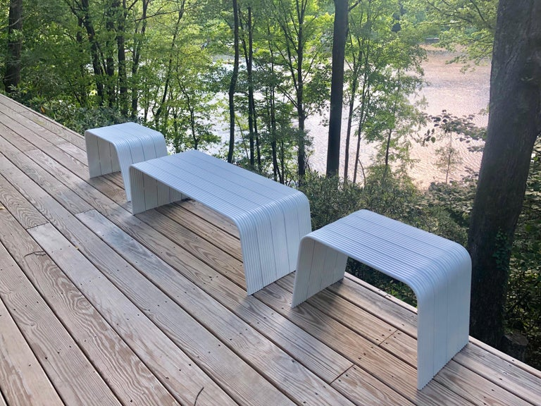 Mid-Century Modern White Enameled Aluminum Bench Attributed to Superstudio For Sale 3