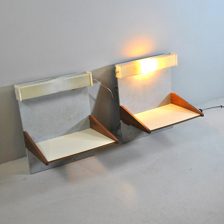 Italian Midcentury Nightstands from the 1960s For Sale 1