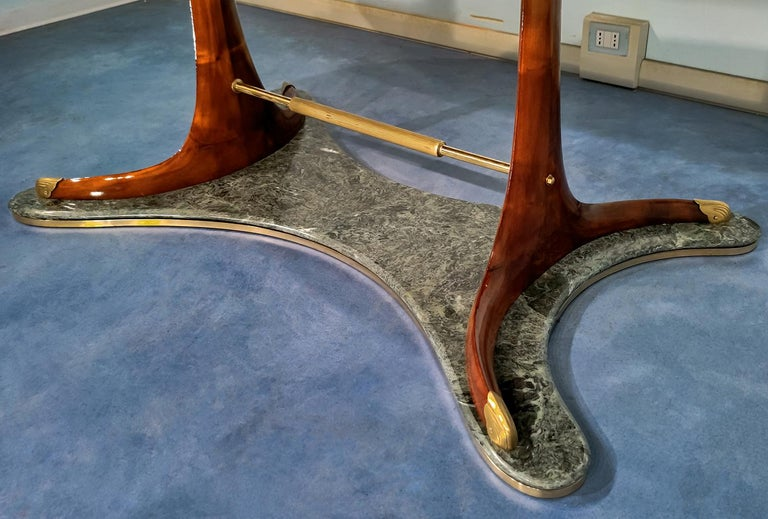 Italian Mid-Century Oval Dining Table in Hardwood by Vittorio Dassi, 1950s For Sale 5