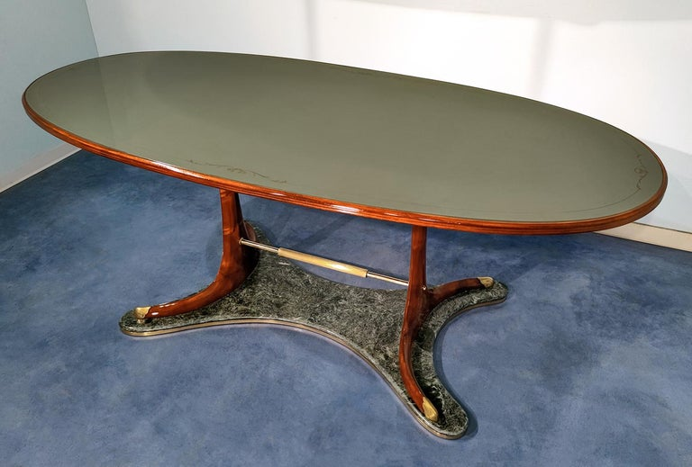 Mid-Century Modern Italian Mid-Century Oval Dining Table in Hardwood by Vittorio Dassi, 1950s For Sale