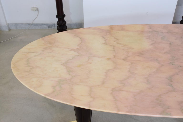 20th Century Italian Midcentury Oval Marble Dining Table, 1950s For Sale