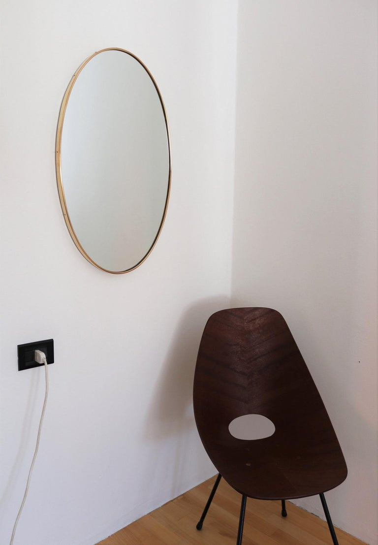 Italian Midcentury Oval Wall Mirror with Brass Frame, 1950s For Sale 2