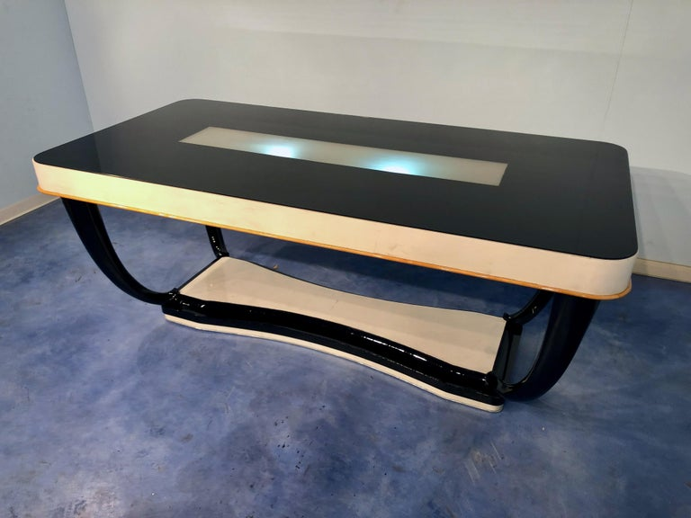 Italian Midcentury Parchment Dining Table, 1950s In Good Condition For Sale In Traversetolo, IT