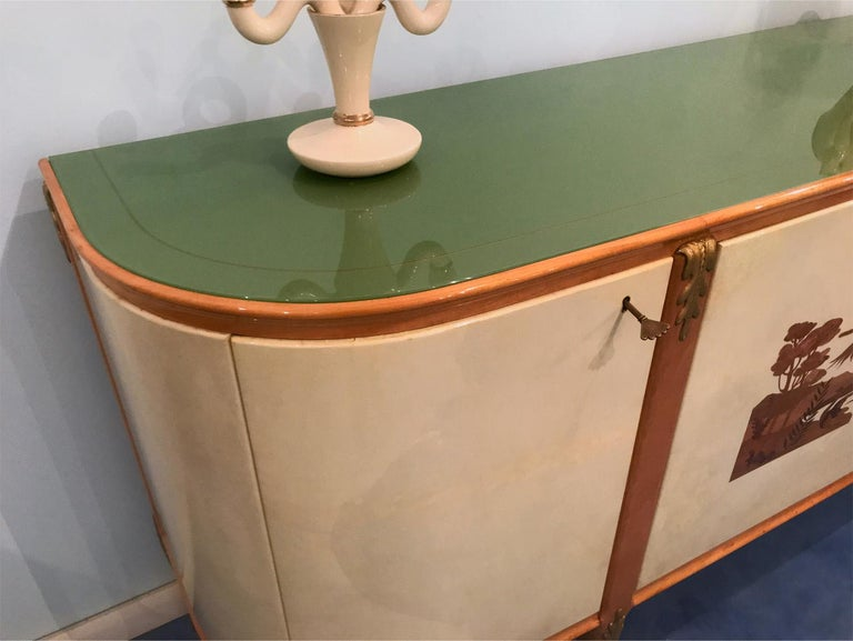 Italian Midcentury Parchment Sideboard by Giovanni Gariboldi, 1950s In Good Condition For Sale In Traversetolo, IT