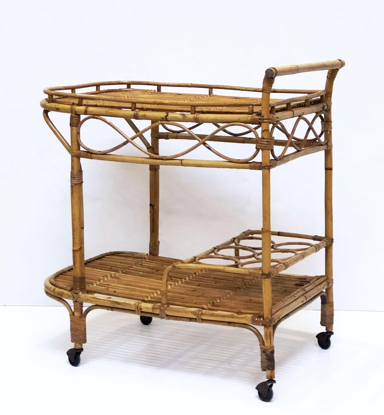 Italian Midcentury Rattan Cane and Bamboo Drinks Cart For Sale 5