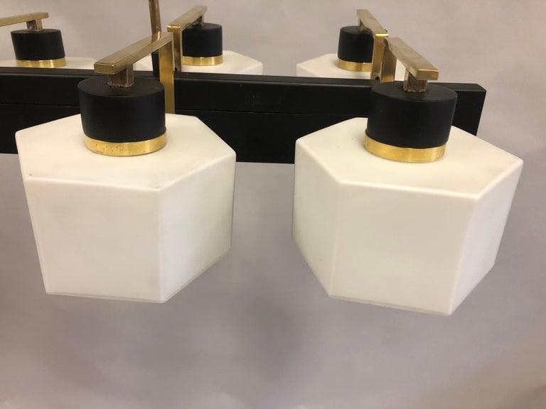 Italian Midcentury Rectangular Brass and Milk Glass Chandelier by Stilnovo For Sale 4
