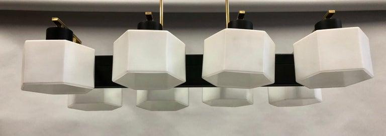 Italian Midcentury Rectangular Brass and Milk Glass Chandelier by Stilnovo For Sale 6