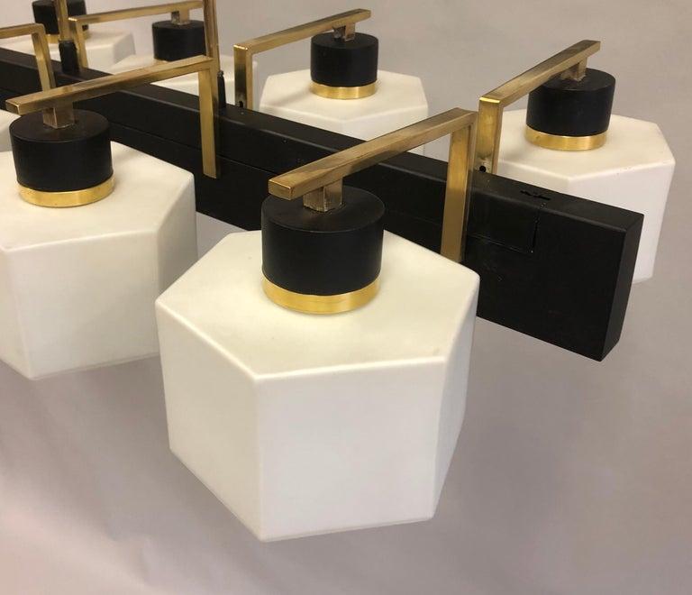 Italian Midcentury Rectangular Brass and Milk Glass Chandelier by Stilnovo For Sale 3