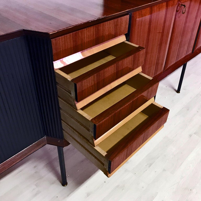 Italian Mid-Century Rosewood Bookcase and Sideboard by Vittorio Dassi, 1950s For Sale 1