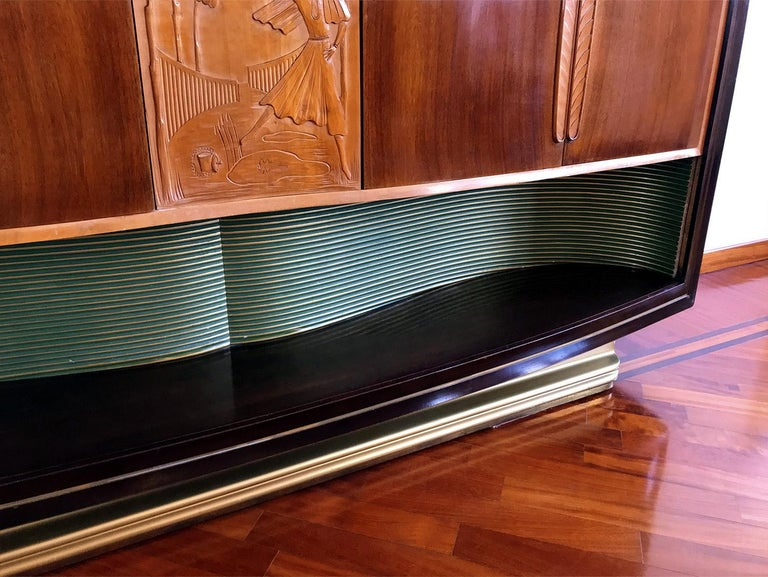 Italian Mid-Century Sideboard Art Déco style by Vittorio Dassi, 1950s For Sale 4