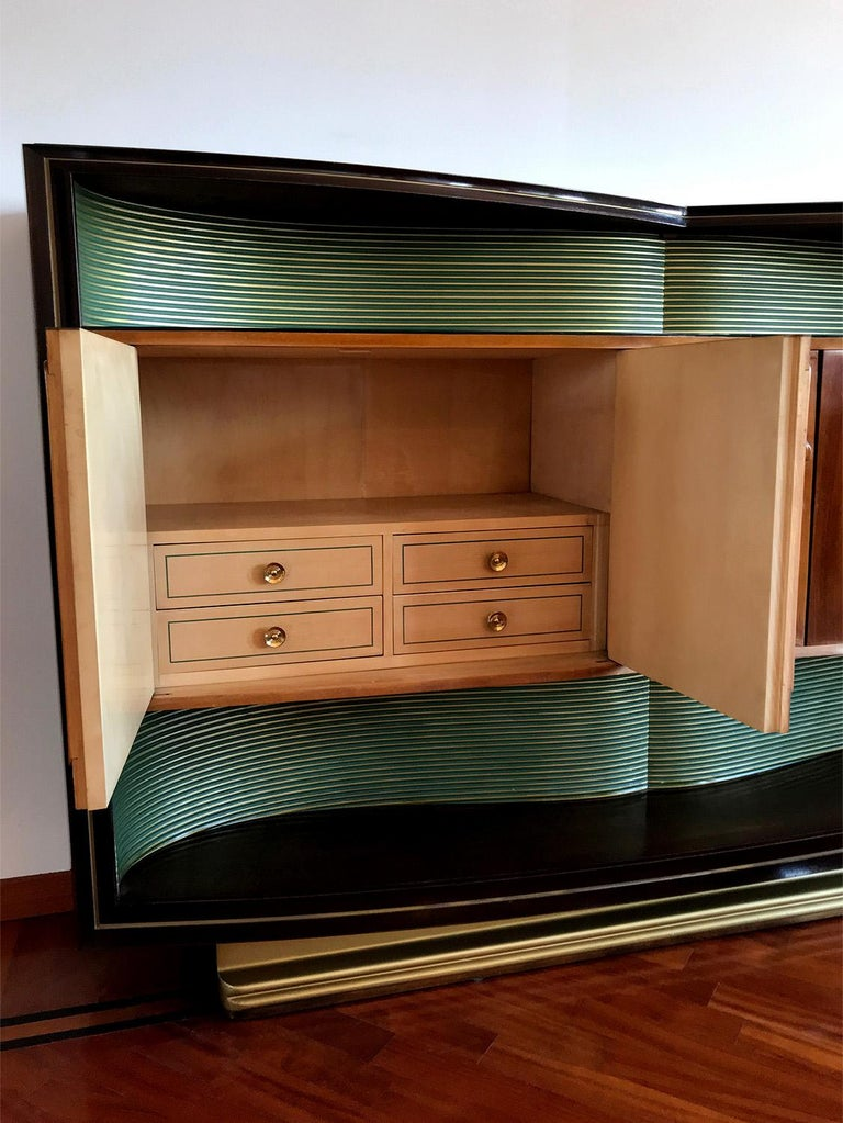 Italian Mid-Century Sideboard Art Déco style by Vittorio Dassi, 1950s For Sale 12