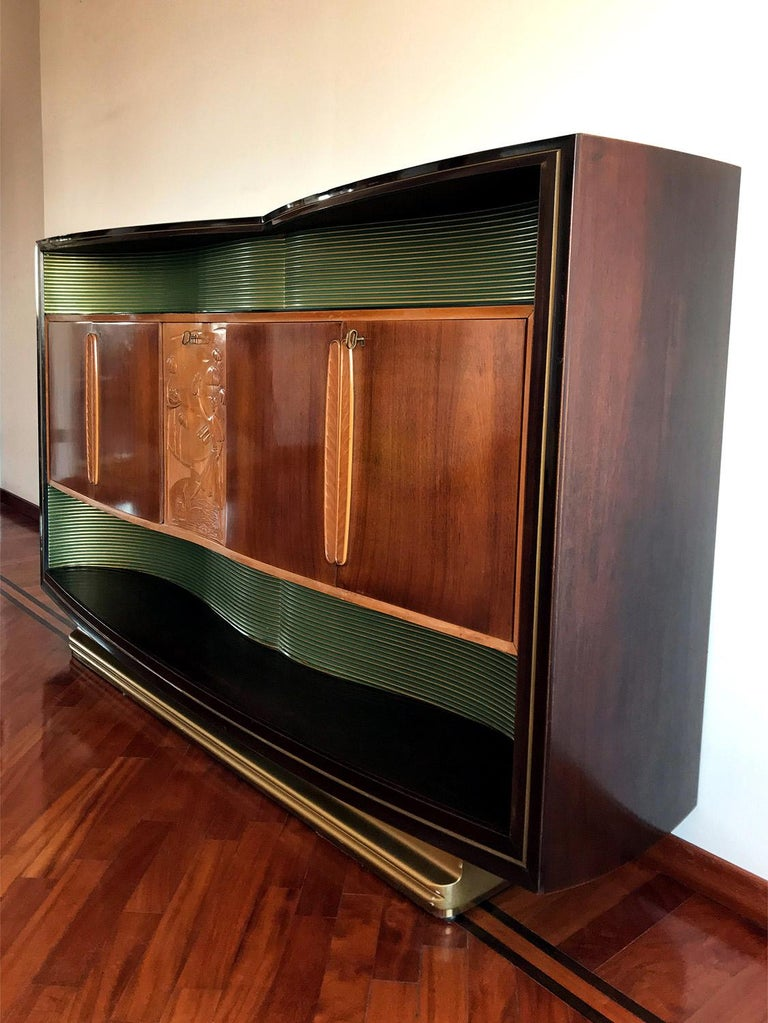 Maple Italian Mid-Century Sideboard Art Déco style by Vittorio Dassi, 1950s For Sale