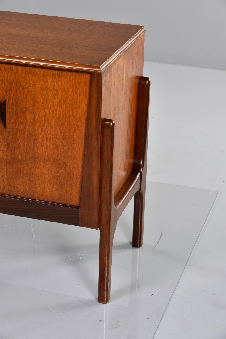 Italian Midcentury Sideboard With Multi Woods and Sliding Doors For Sale 10