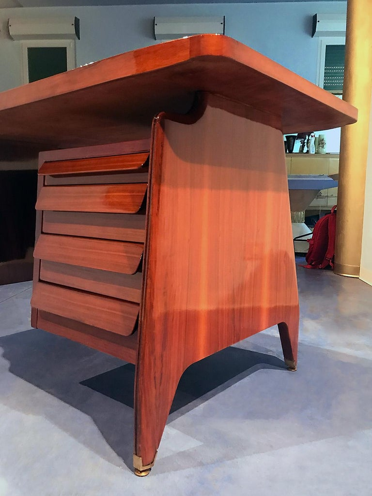 Italian Midcentury Small Walnut Writing Desk by Vittorio Dassi, 1950s For Sale 11
