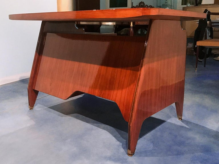 Italian Midcentury Small Walnut Writing Desk by Vittorio Dassi, 1950s For Sale 3