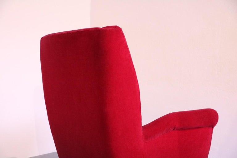 Italian Midcentury Sofa and Pair of Lounge Chairs by Gio Ponti for ISA, 1955 For Sale 3